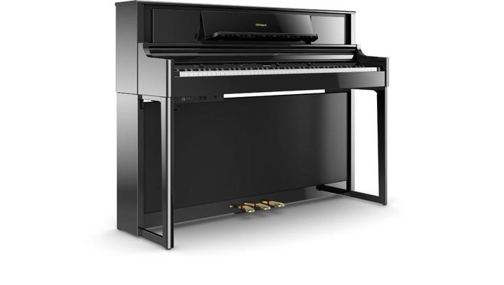 Roland LX-700